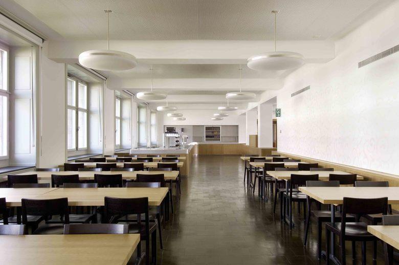 calidad Enciclopedia frijoles  Einbau Kantine Stadtpolizei Amtshaus I und III nik biedermann architekt
